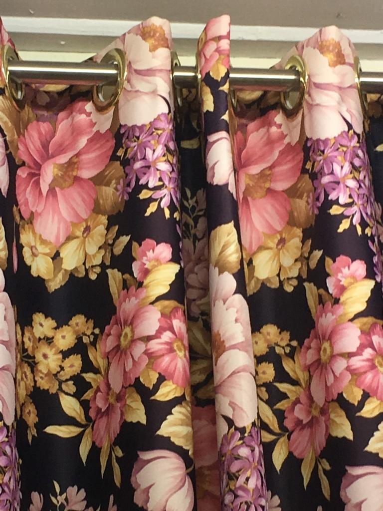 ผ้าม่านตาไก่ แนว Vintage บริษัทผ้าม่าน แฟบริค พลัส แหล่งผ้าทำผ้าม่าน